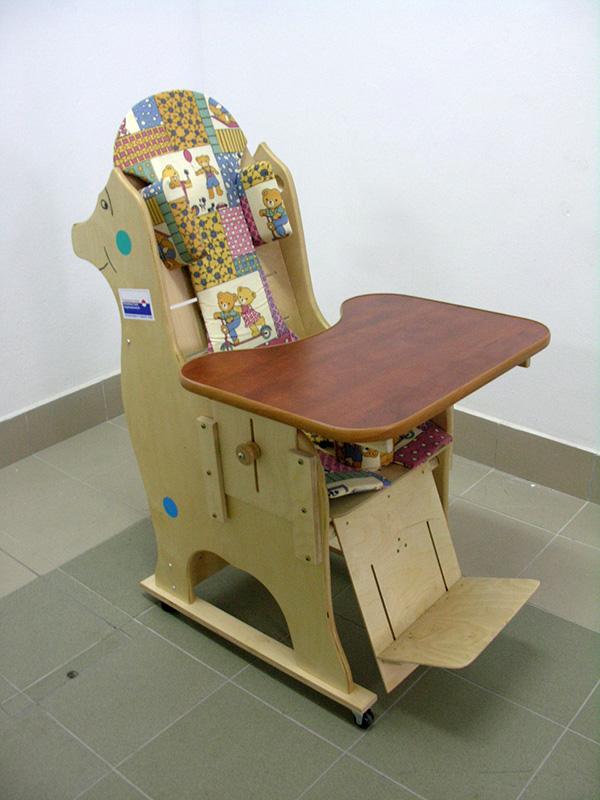 Dino fotelik stabilizujący