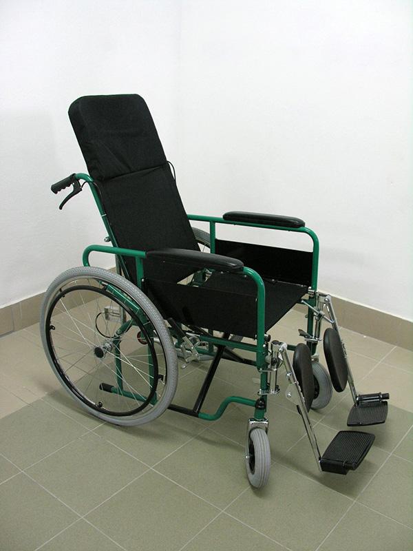 Wózek inwalidzki leżakowy